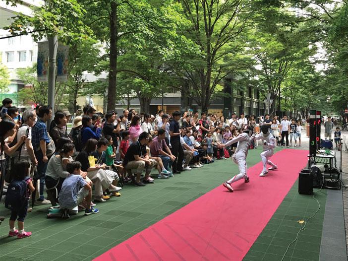 自ら参加して汗をかこう<br>「MARUNOUCHI SPORTS FES 2018」開催中